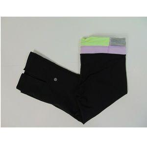 LuLuLemon Womens Small 28 Black Yoga Capri Pants